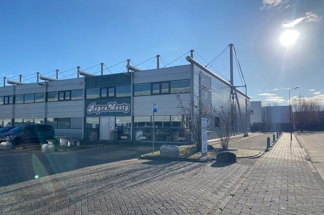 Bekijk foto 2 van Overijsselhaven 23 A
