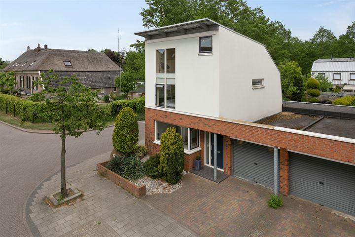 Annette Versluysstraat 1