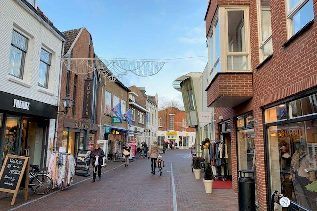 Bekijk foto 4 van Luttekepoortstraat 8