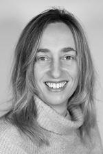 Debbie Uijtendaal (Commercieel medewerker)
