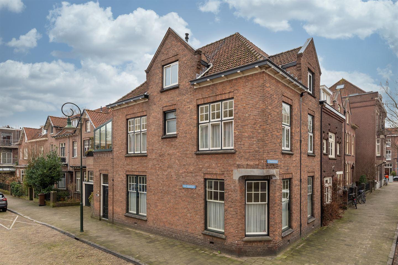 Bekijk foto 2 van Van der Duijnstraat 11
