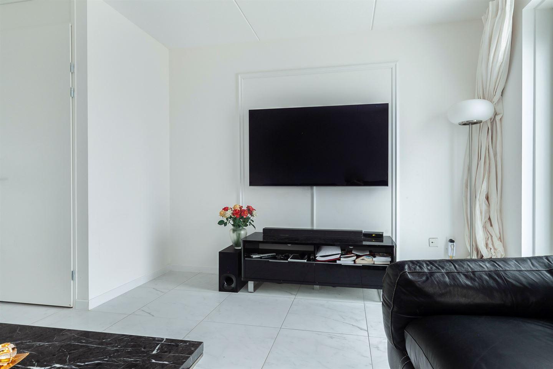 Bekijk foto 4 van Van Kinsbergenstraat 12