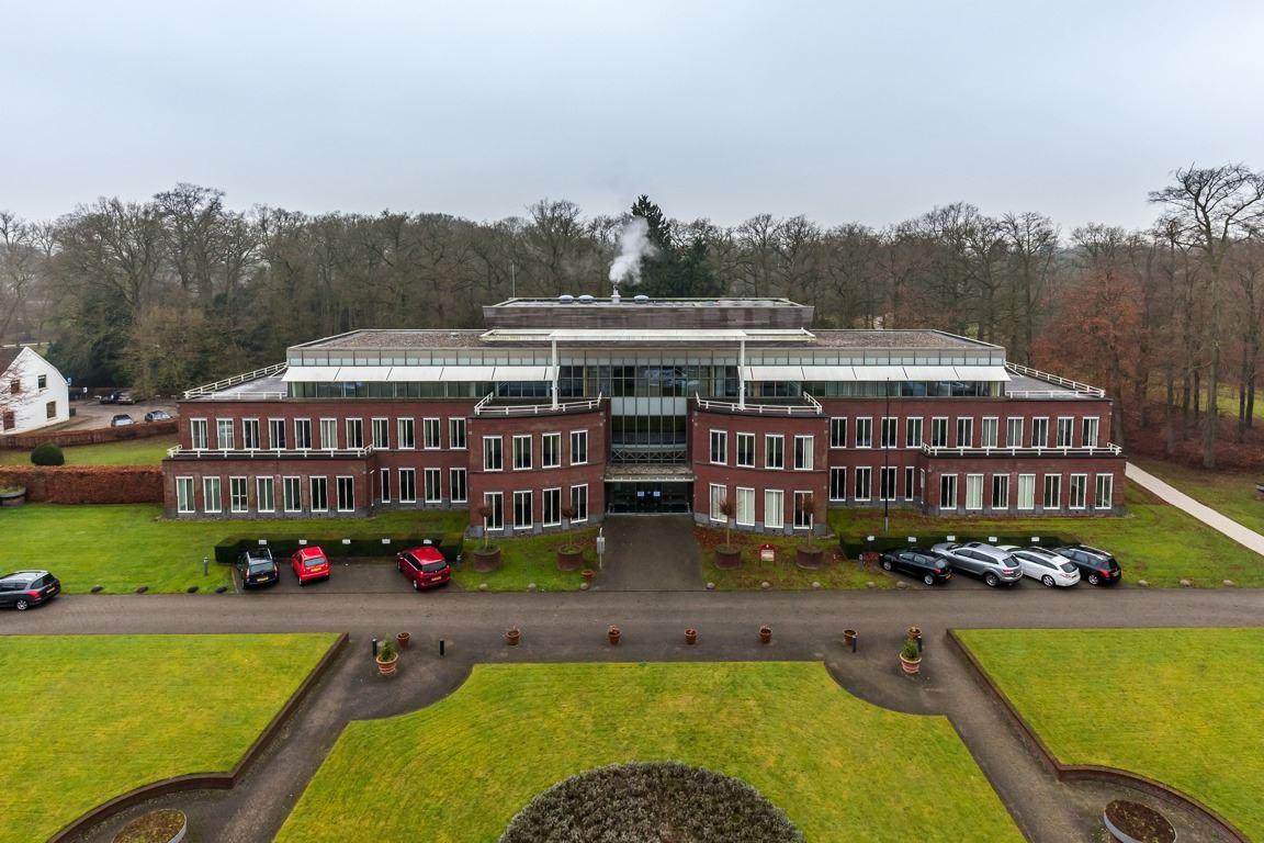 Bekijk foto 3 van Arnhemse Bovenweg 140 - 150