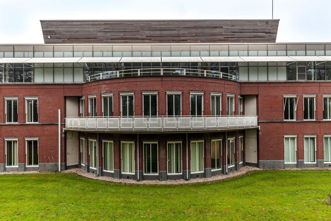 Bekijk foto 2 van Arnhemse Bovenweg 140 - 150