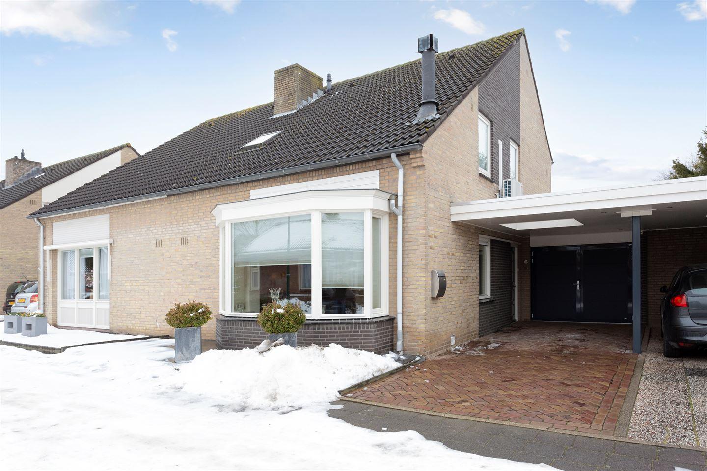 Bekijk foto 1 van Johan Frisostraat 6