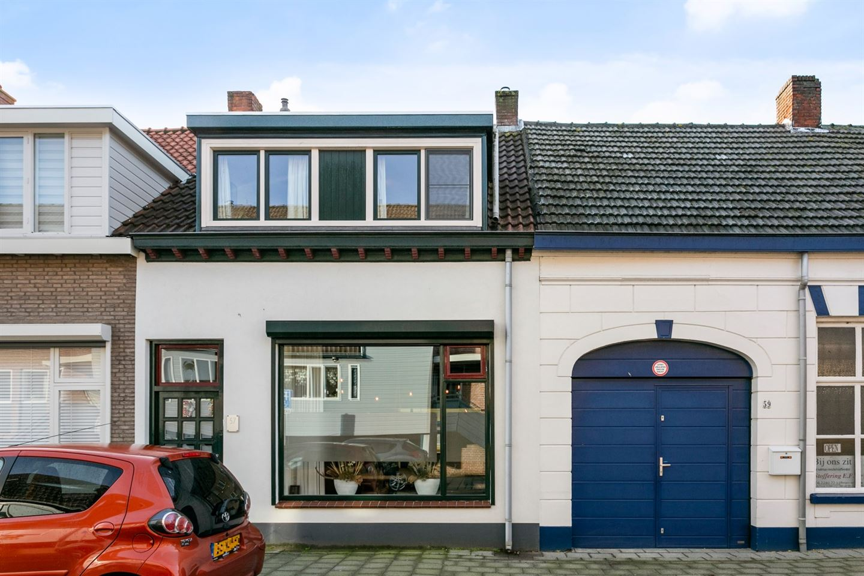 Bekijk foto 1 van Koepelstraat 57
