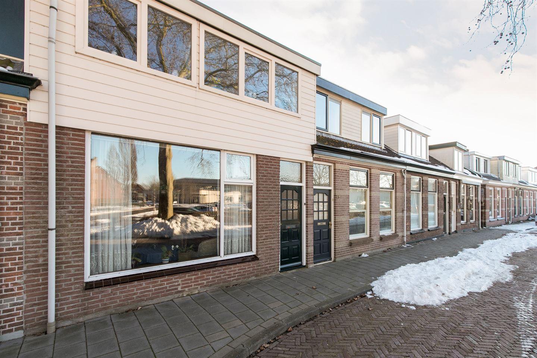 View photo 2 of Wilhelminastraat 13