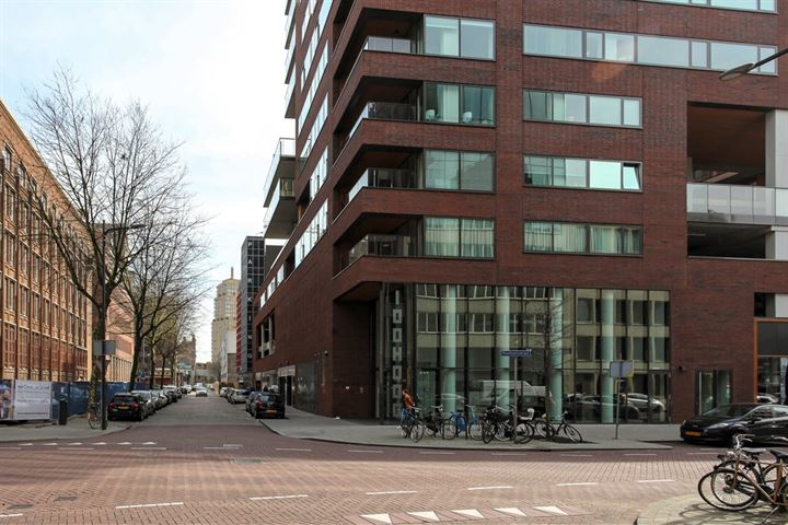 Posthoornstraat 302