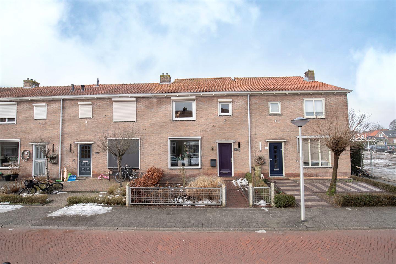 Bekijk foto 1 van Prins Bernhardstraat 4