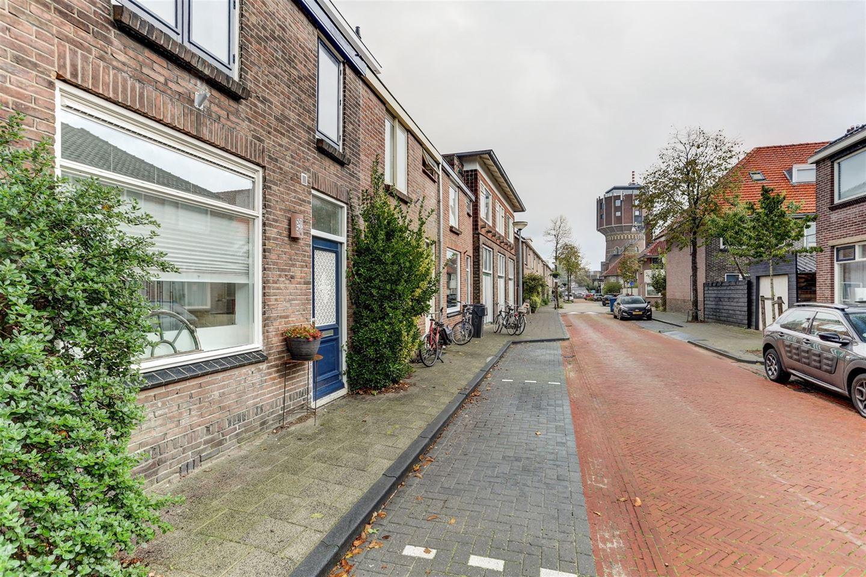 Bekijk foto 2 van Van der Kaaijstraat 32