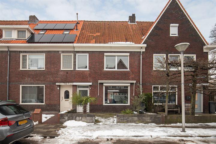 Bergen op Zoomstraat 4