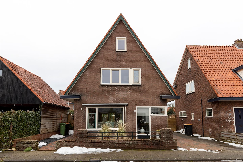 View photo 1 of Julianastraat 22
