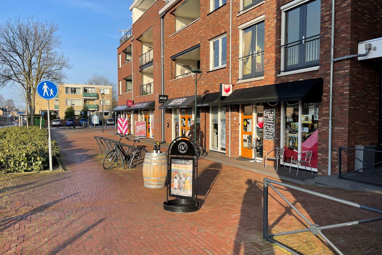 Bekijk foto 2 van Dorpsstraat 72 -130a