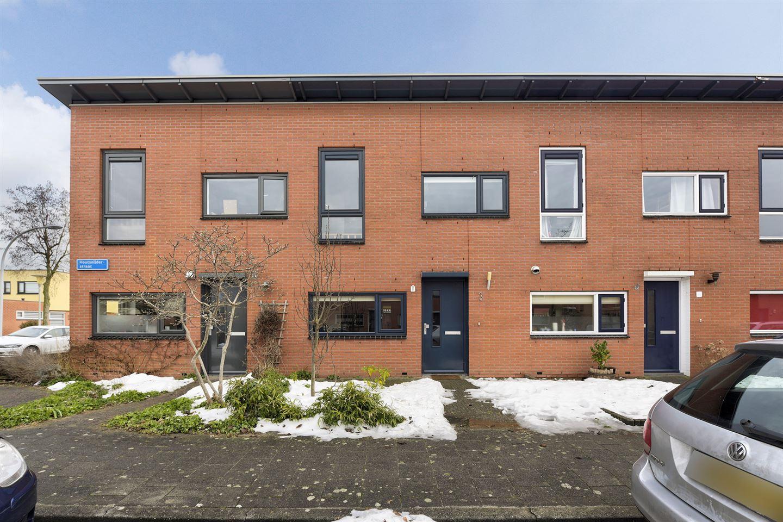 Bekijk foto 1 van Houtsnijderstraat 3 - HUUR
