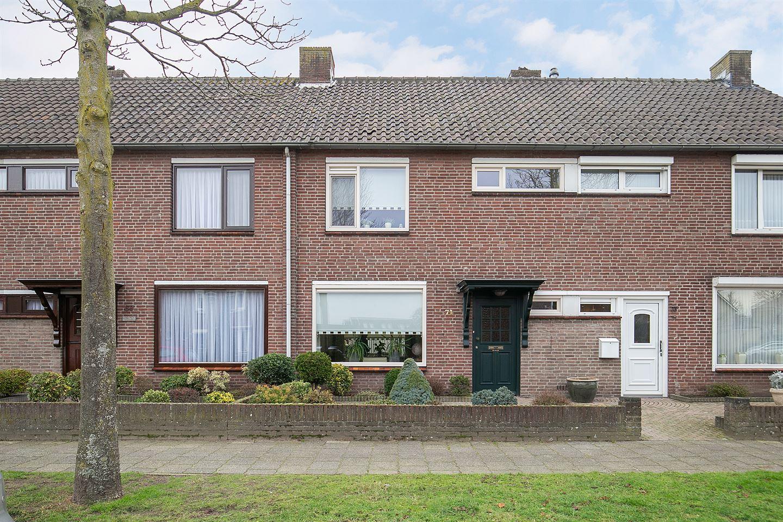 Bekijk foto 2 van Beukehoutstraat 71