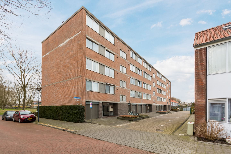 Bekijk foto 1 van Rijnauwenstraat 47