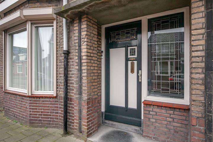 van Heeswijkstraat 8