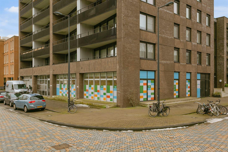 Bekijk foto 2 van Fritz Dietrich Kahlenbergstraat 40