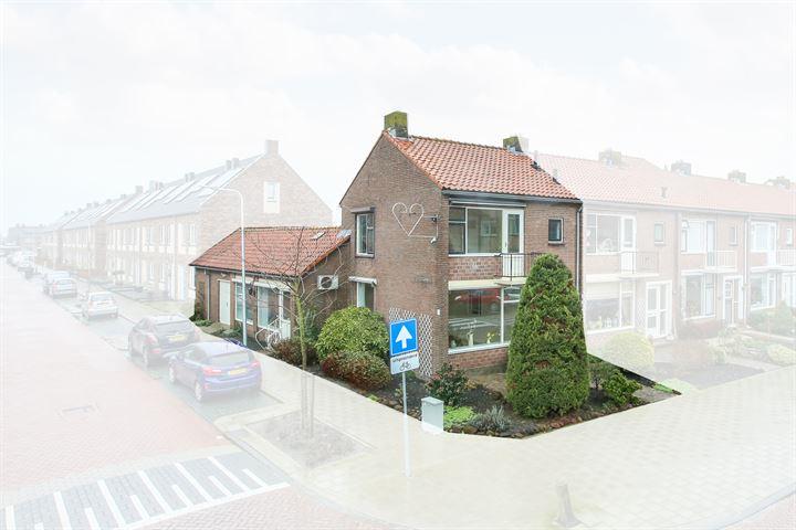 Badhuisstraat 18