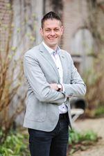 Bram Esvelt (Candidate real estate agent)