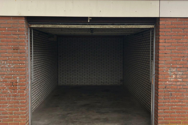 Bekijk foto 1 van Irenestraat 3 Box J