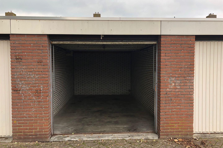 Bekijk foto 2 van Irenestraat 3 Box J