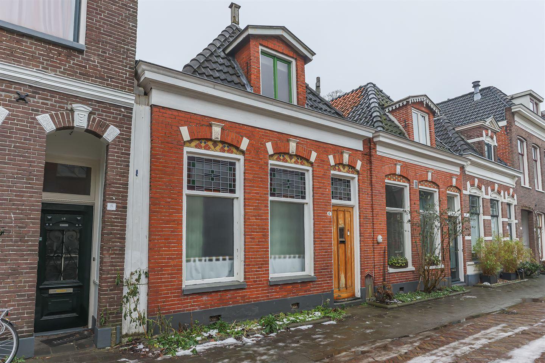 Bekijk foto 1 van Leeuwarderstraat 8