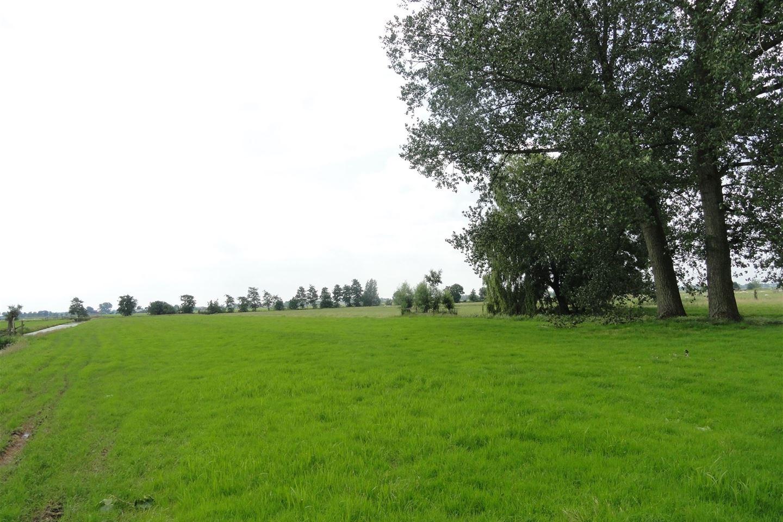 Bekijk foto 1 van Provincialeweg Oost