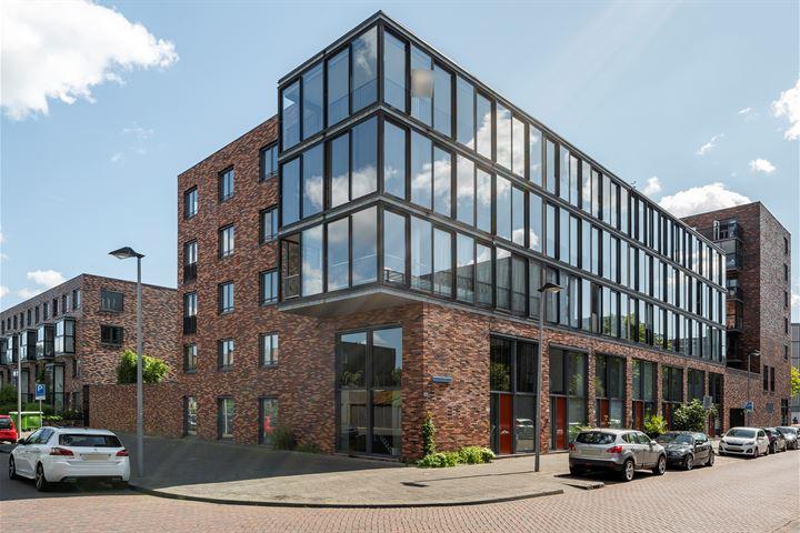 W.G. Witteveenplein 81
