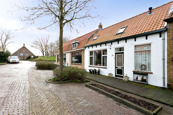 Dorpsstraat 24