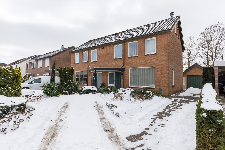 View photo 3 of J.A.Middelhuisstraat 19