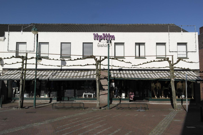 Bekijk foto 2 van Markt 21