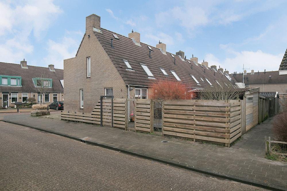 Bekijk foto 2 van Willem de Zwijgerstraat 18