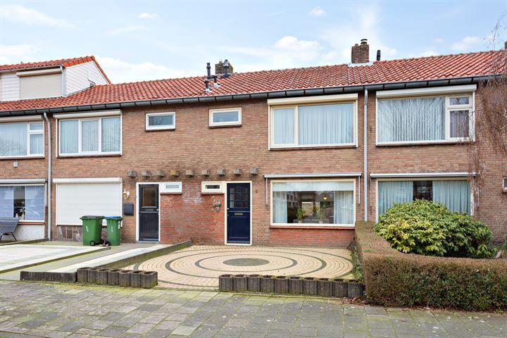 Adam van Noortstraat 4