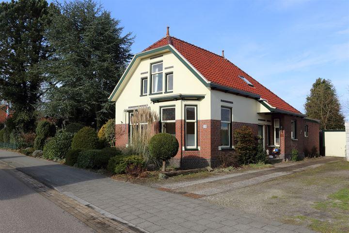Stationsstraat 106