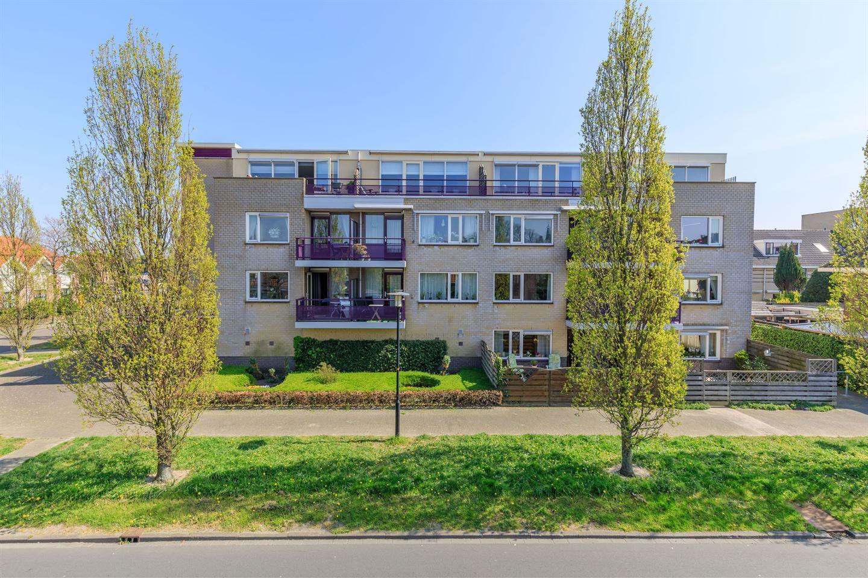 Bekijk foto 1 van Van Meerbeekstraat 80