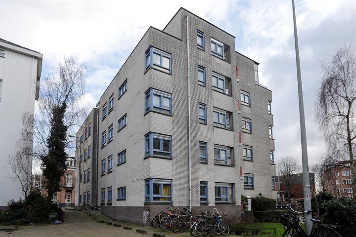 Spinozahof 87
