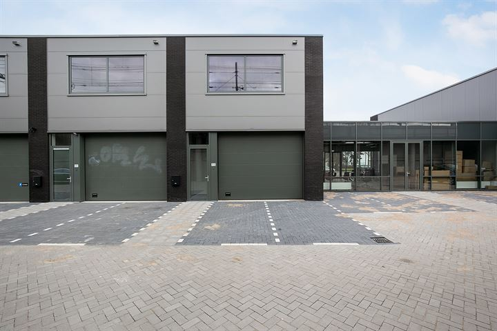 Schuttevaerweg 113, Rotterdam