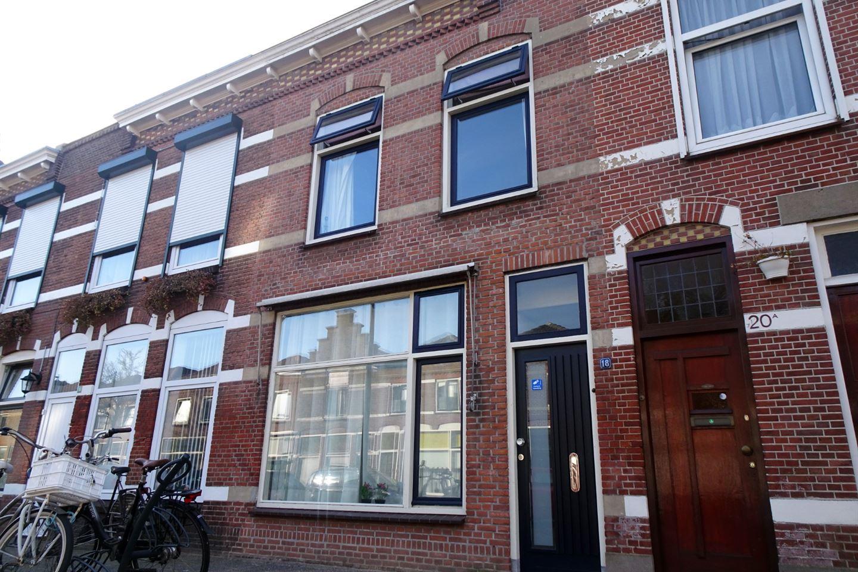 Bekijk foto 3 van Sieboldstraat 18