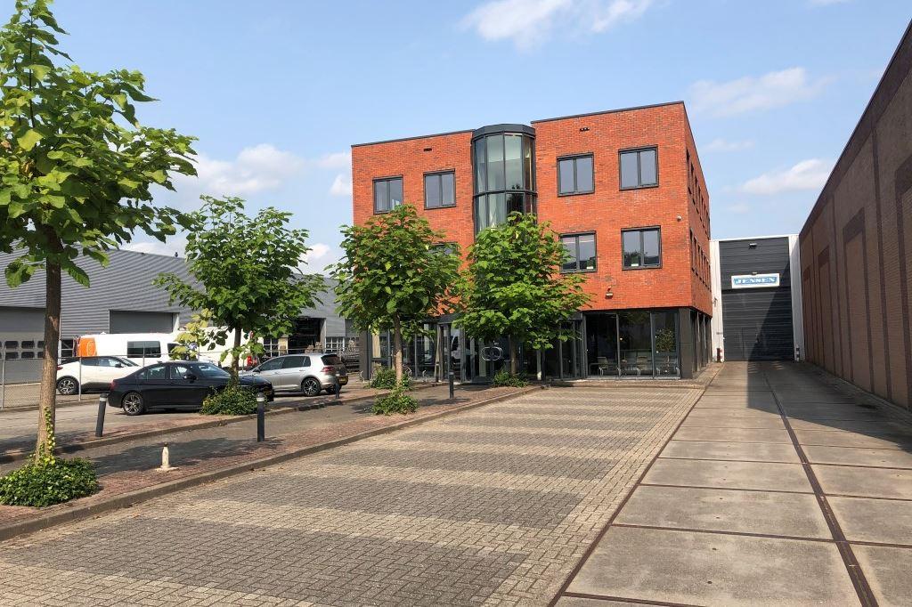 Bekijk foto 2 van Gelderlandhaven 5 - B
