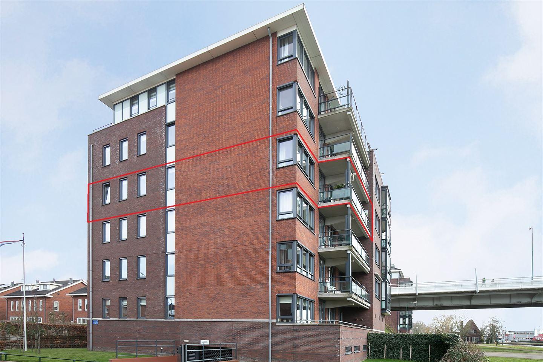 Bekijk foto 2 van Willem van Leusdenlaan 61