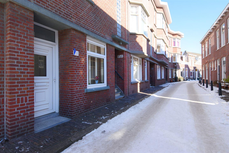Bekijk foto 2 van Korendijkstraat 2