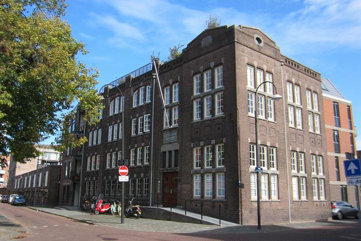 Verlengde Schoolstraat 48 *