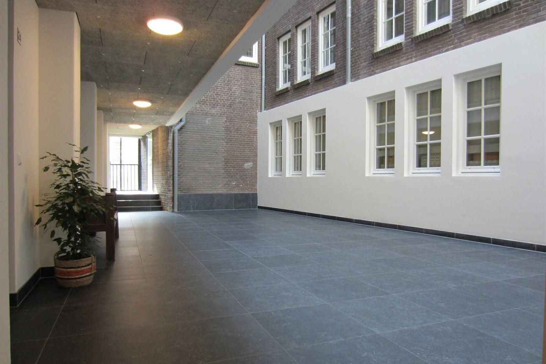 Bekijk foto 2 van Verlengde Schoolstraat 48 *