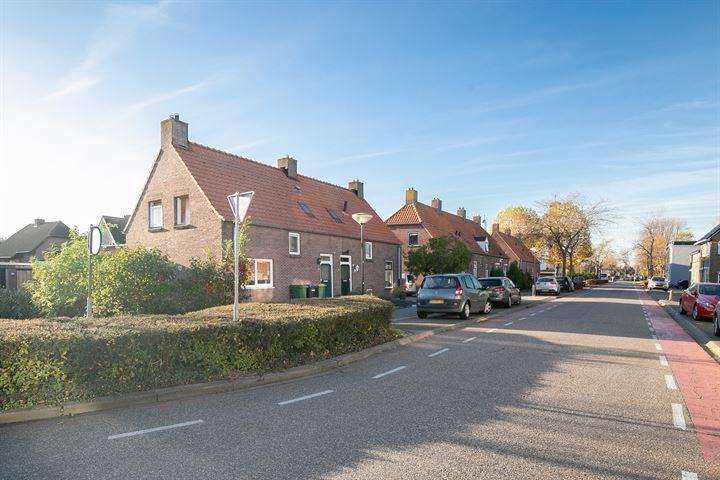 Steenweg 27