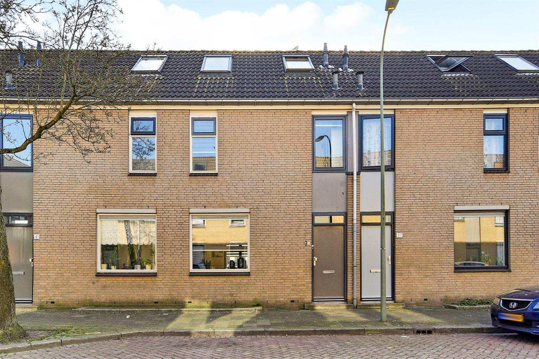 Bekijk foto 1 van A.C.W. Staringstraat 39
