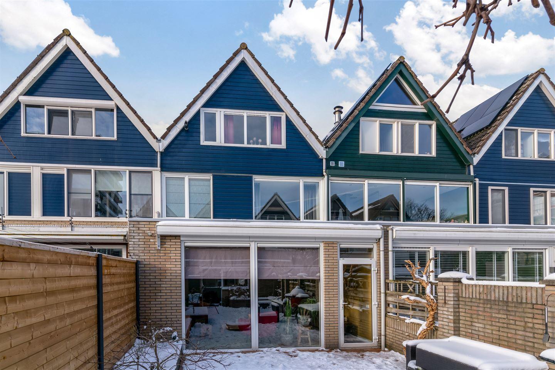 Bekijk foto 1 van Pieter de Hoochstraat 33