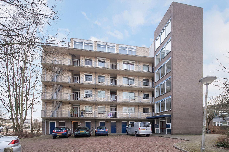 View photo 1 of Maarten Lutherweg 178