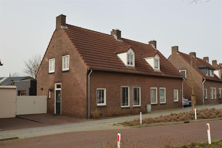 Hoogstraat 32