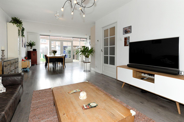 View photo 4 of Willem Klooslaan 5